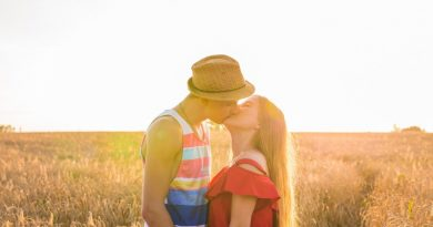 Come baciare una ragazza al primo appuntamento