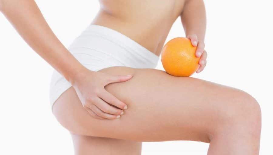 massaggio con olio per ridurre il grasso corporeo